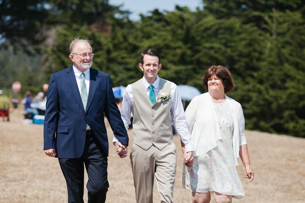 05_Cambria_wedding_samesex_coastal_intimate_Central_Coast_beach.jpg
