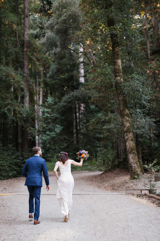 46_Colorful_Camp_Wedding_Santa_Cruz_Campbell_Boulder_Creek.jpg