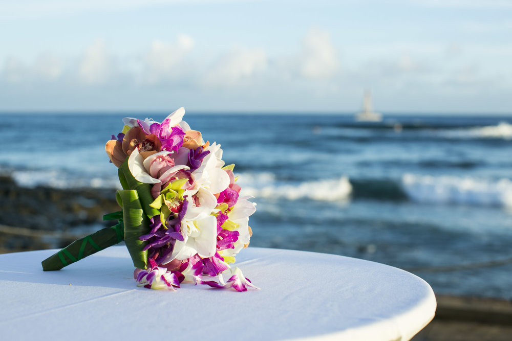 036_Laid_Back_Hawaiian_Beach_Wedding.jpg