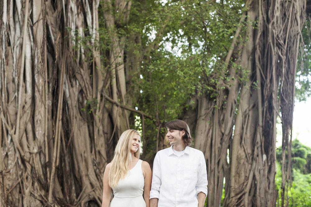 006_Epic_Cliff_Kauai_Beach_Engagement.jpg