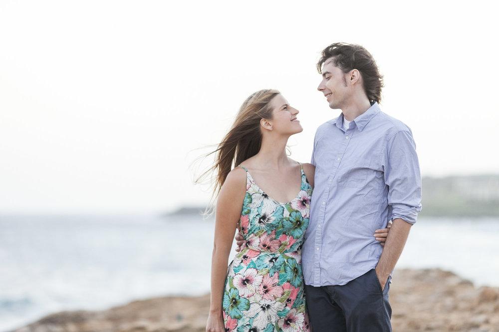 026_Epic_Cliff_Kauai_Beach_Engagement.jpg