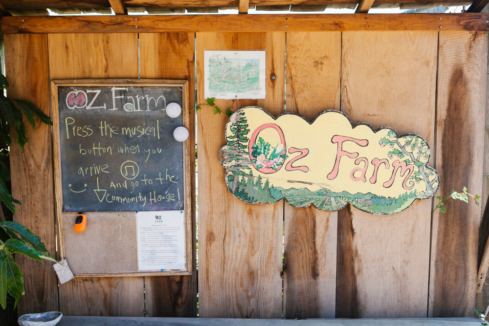 Welcome signs at oz farm in mendocino area