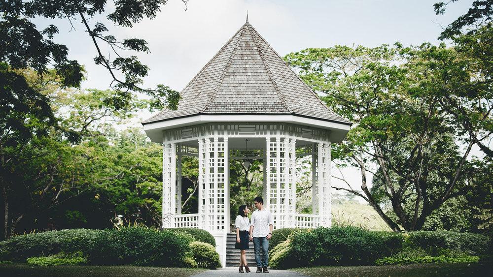 prewedding botanic garden 10.JPG