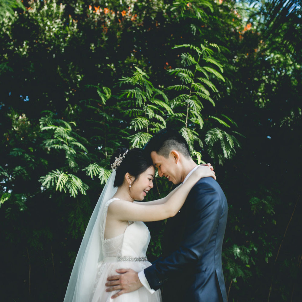 HONGXIANG&ZOE   All the touching moments, even the minute ones you probably didn't realise during your wedding...  You can definitely count on Arsh to capture them for you.  So glad that we found Arsh just as our wedding was approaching!   17 June 2017
