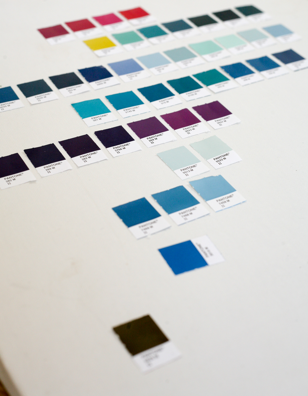 how to put together a powerful colour palette for your brand-10-2