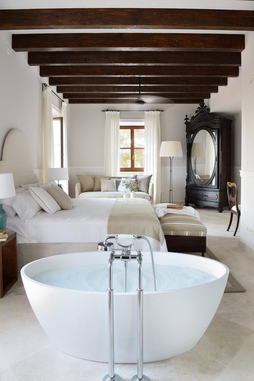 DSC_5106_01-Luxury-Romance-Room-5.jpg
