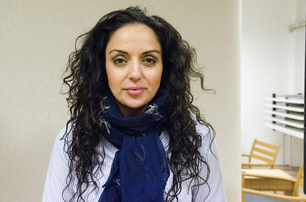 Generalsekretær Dana Manouchehri i LIM (Likestilling, integrering, mangfold) meiner jomfrusjekkar er eit overgrep som burde opprøra fleire.