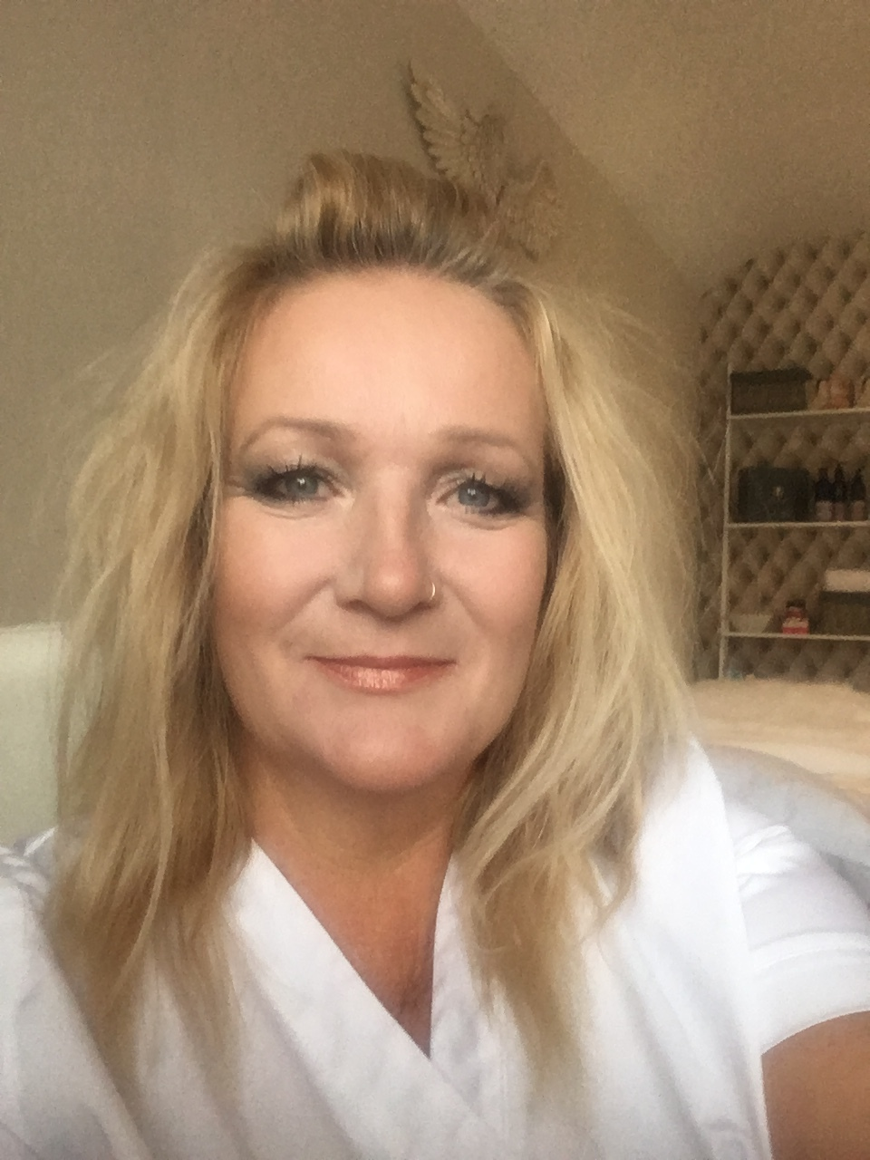 Denise Kirby, founder and therapist. Swedish Massage Dip. SNHS Dips. (CBT, Psychotherapy, Counselling, Life Coaching, Nutrition, Reflexology, Aromatherapy, Hot Stones, Indian Head Massage, Relaxation & Meditation) Child Safeguarding trained & DBS checked. -