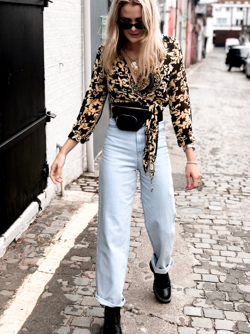 Top and Jewellery: Pretty Little Thing, Jeans: Zara, Boots: ASOS, Beltbag: Topshop