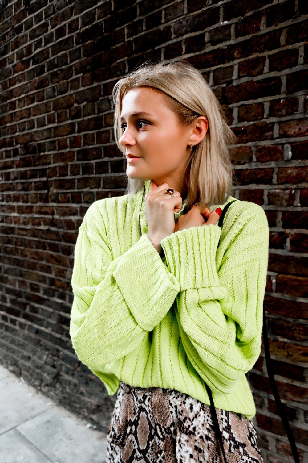 How to neon when you don't do colour