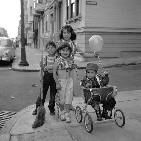 Vivian Maier 15.jpg