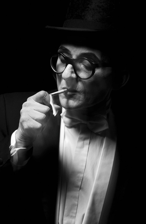 aime b (7)  cigarette.JPG