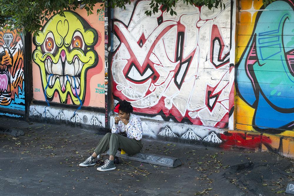 graffiti jeune fille