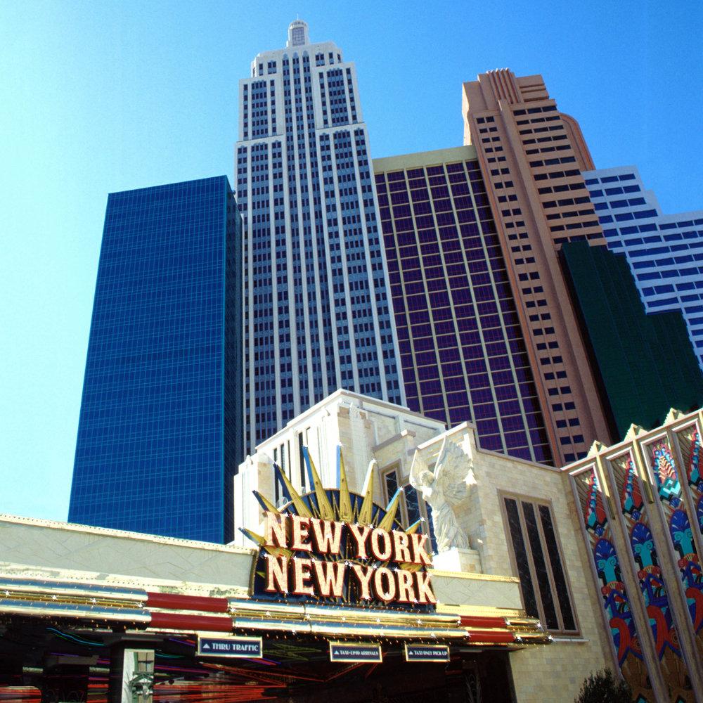 Las Vegas NY allumé.jpg