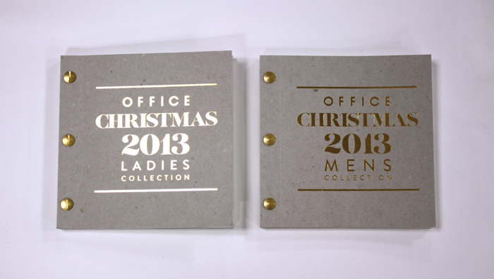 The covers were again produced on Nomad board, with a gold foil on both sides this time, secured with gold rivets.