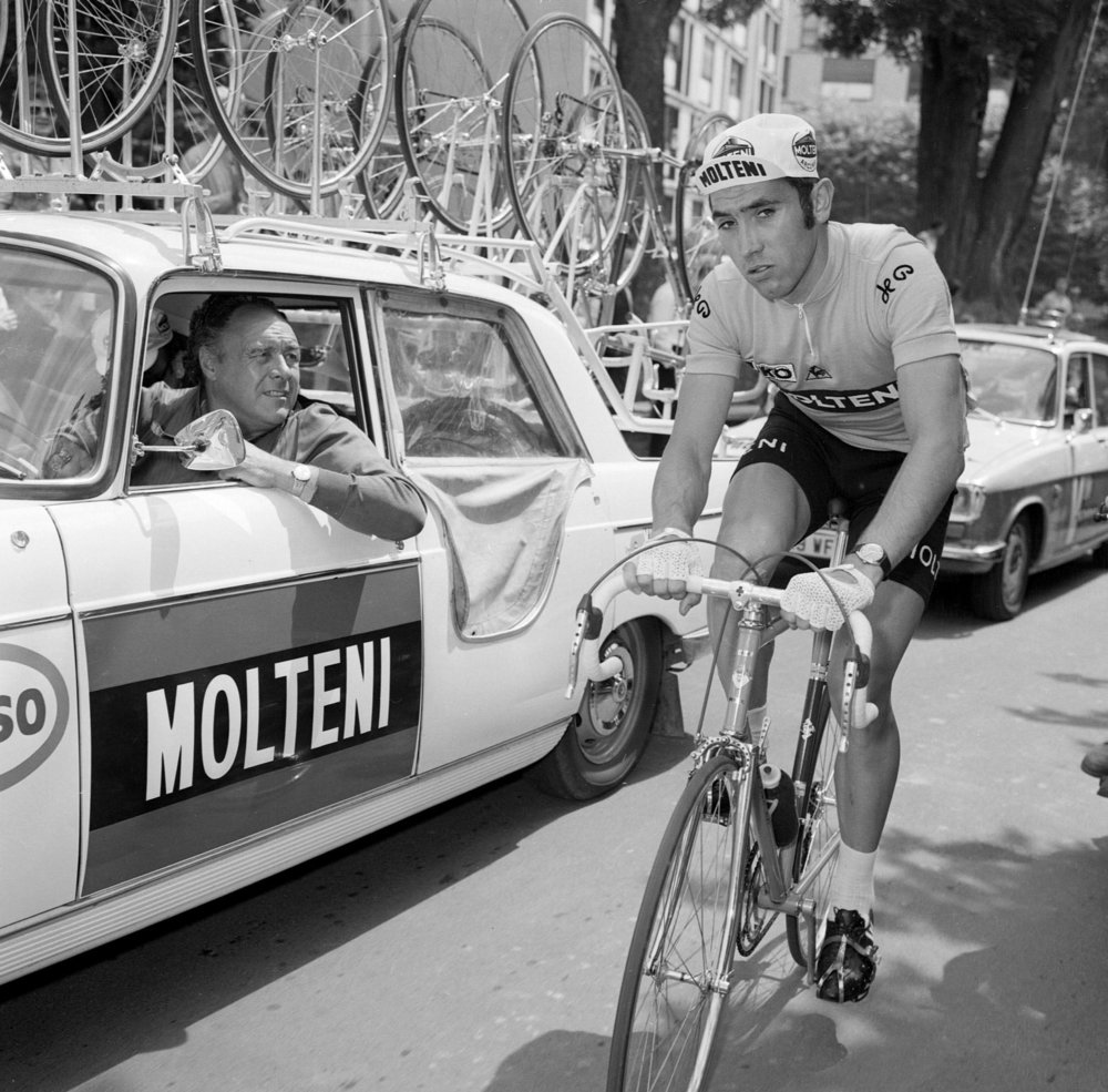 Merckx, taler med sin sportsdirektør Mr Driessens. Scanpix Denmark
