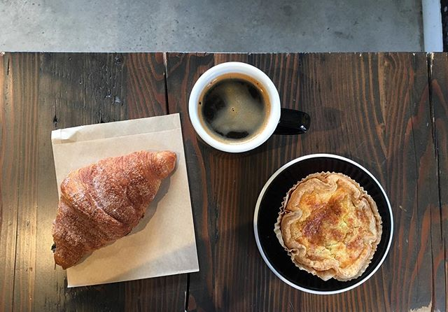 ~NEW~ bacon and cauliflower quiche, and CINNAMON croissants! With a $2.00 Americano, you're looking at a pretty good Tuesday. Limited quantities! • • • • #espresso #coffee #americano #latte #butfirstcoffee #local #toronto #junctiontriangle #cafe #3rdwavecoffee #barista #coffeegram #instacoffee #wakeup #cortado #coffeeculture #neighborhoodcoffee #discovertoronto #mytoronto #torontocoffeecommunity #coffeeTO #blogto #propellercoffee #junctioncove #yyzcoffee #toonietusday #happytuesday #goodmorning