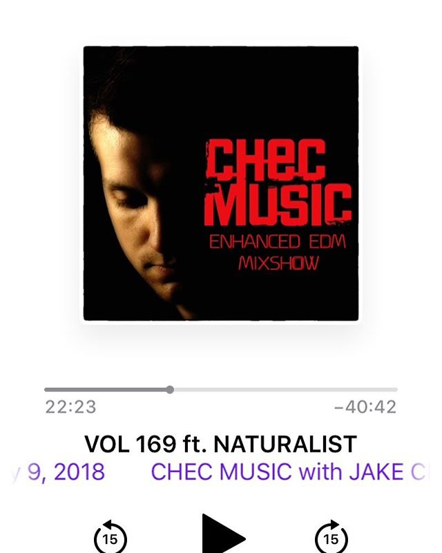 Fresh summer house beats with Naturalist. #summerhousemusic #checmusic