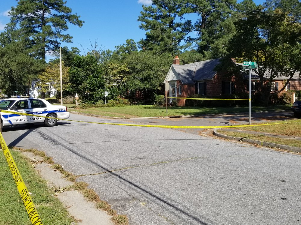 A Kinston Police Department vehicle on Fairfield Ave. at Waverly Ave. Photo by BJ Murphy / Neuse News