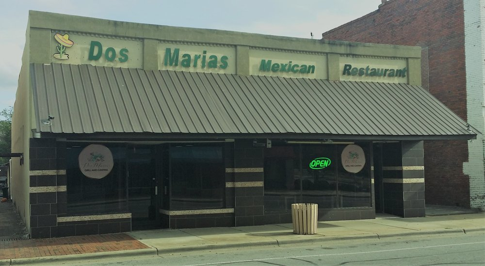Dos Marias Grill & Cantina is located at 131 South Caswell Street in La Grange