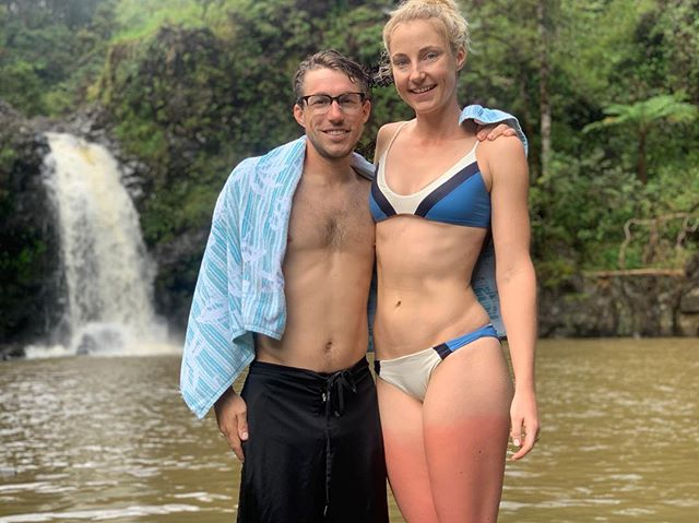 No guys, it's cool, apparently I don't know how to use sunscreen, but the waterfall we had to ourselves was super chilly and felt perfect on my FRIED legs #hawaiilife