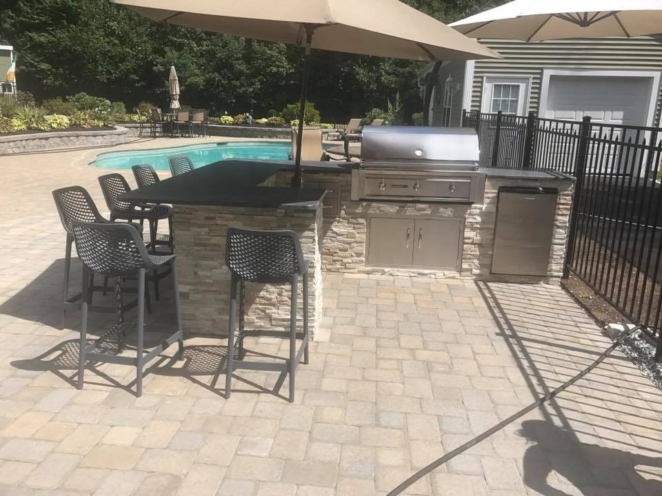 land-solutions-stone-paver-patios-fire-pits-billerica-9.jpg
