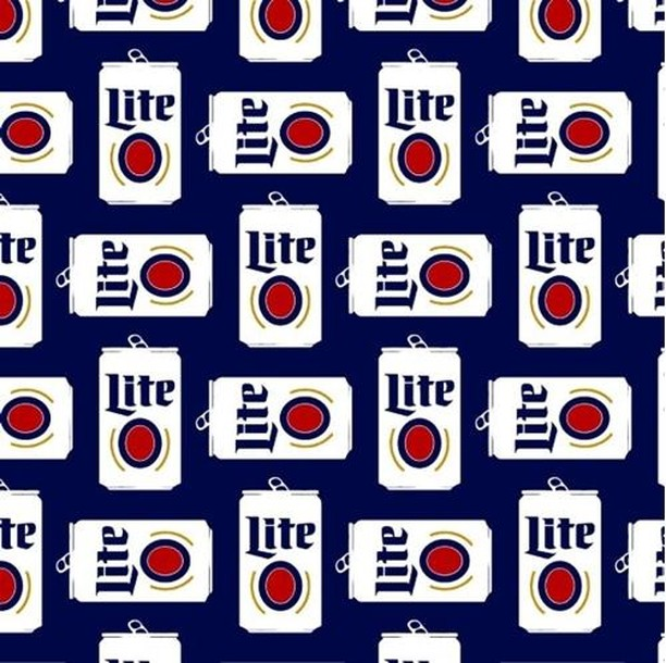 It's #ThrowbackThursday! So come on in and throw back some Miller Lites! Your first one is us then its Miller Lite cans for $3 after that! 9 pm- till close! • • • • • #minnesotaslb #longbeach #drinks #beers #lunch #dinner #beach #sun #dinner #eeeeeats #livemusic #DJ #dancing #onthewater