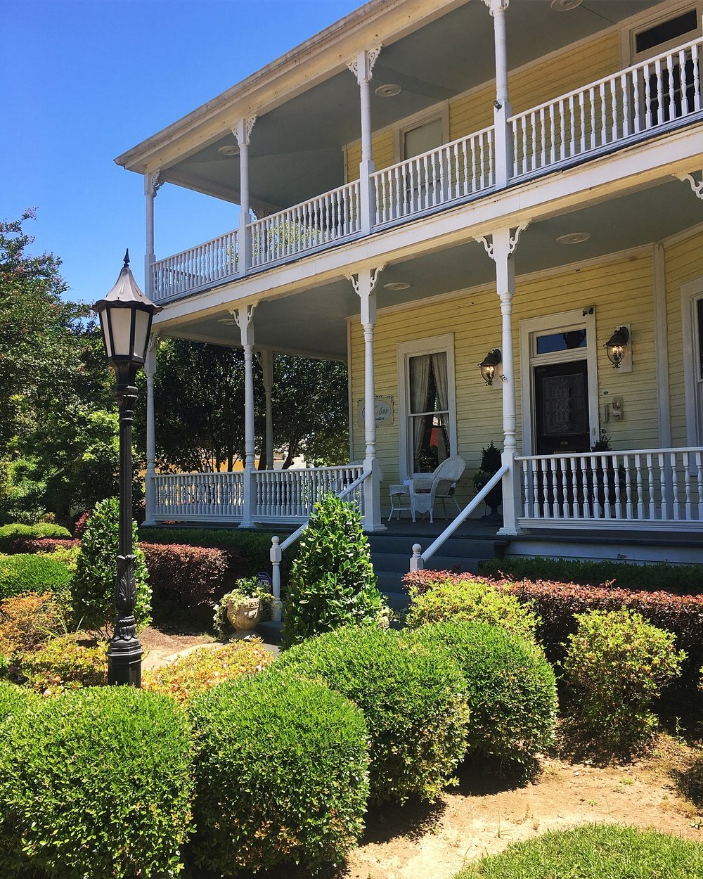 The Queen Anne Bed & Breakfast, 125 Pine Street, Natchitoches, Louisiana