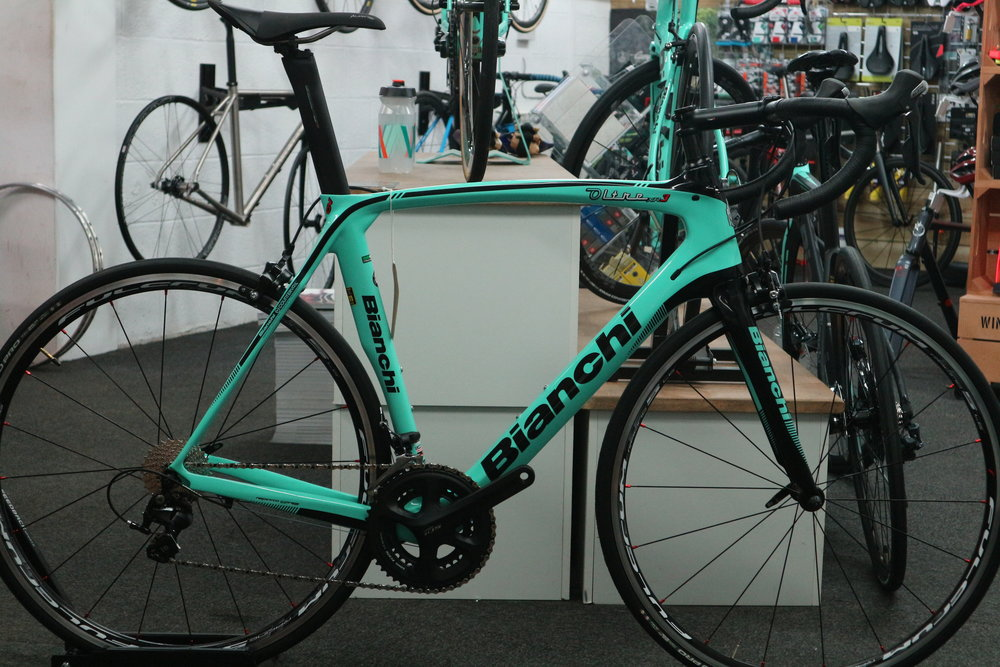 RRP £3000 Sale Price £1950   Comes with free bike fit and first free service  Spec;  Oltre XR3 frameset in 59cm  Shimano 5800 11 speed groupset  Fulcrum Racing 5 wheels  Vittoria Rubino Pro tyres 25m  Fizik Aliante saddle  Bianchi bar and stem
