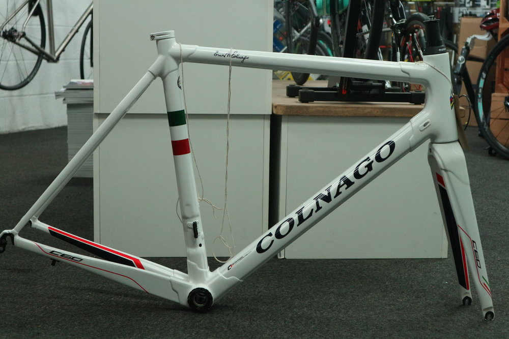 RRP £4000 Sale Price £1200   This frame was part exchanged against another one of our builds, the customer hadn't used it and bought direct from the distributor as an Ex sample. There are scuffs and small marks around the frame as to be expected. Pop in for a closer look.