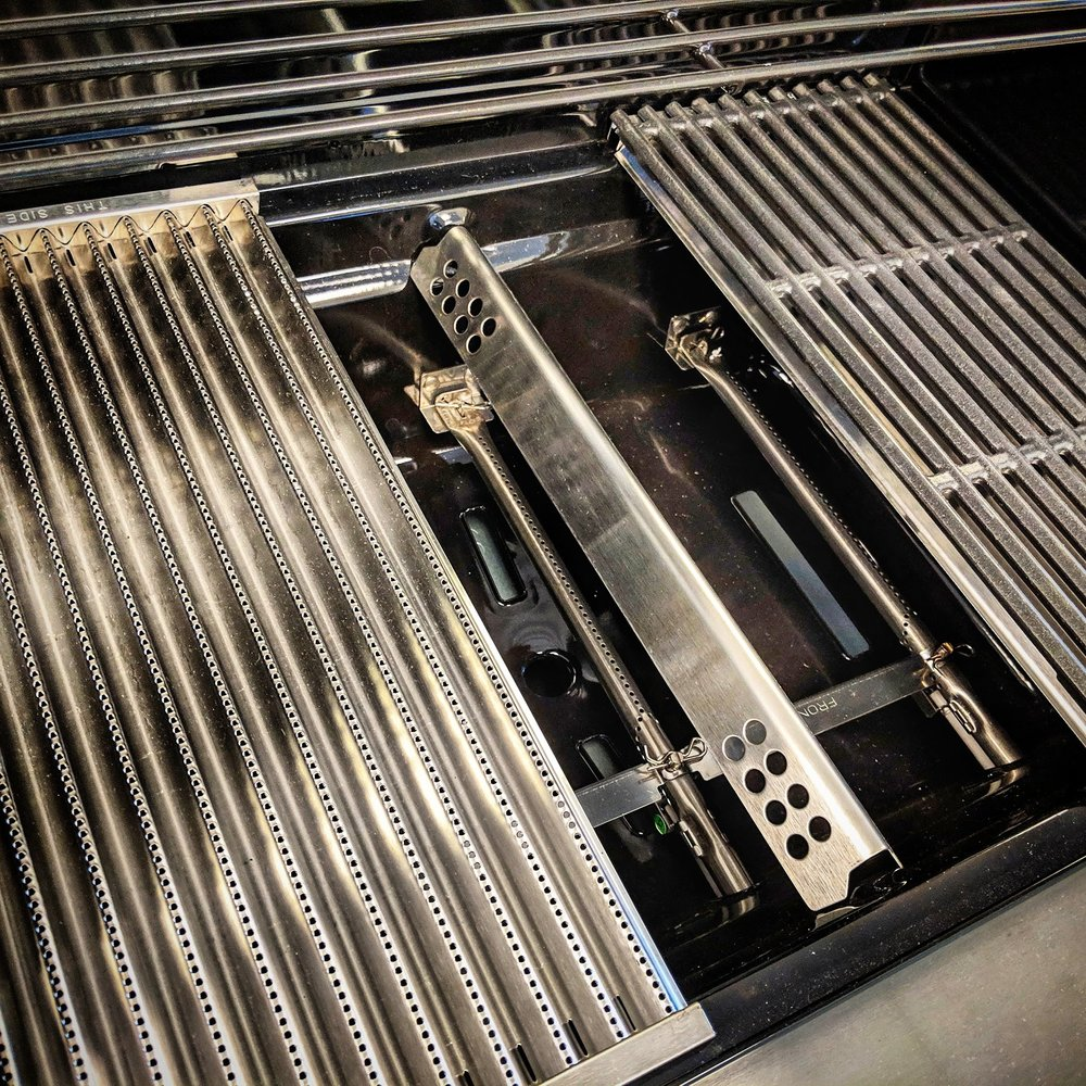 Step 5 - Reinstall the Char-Broil TRU-Infrared Grates & Emitter plates.