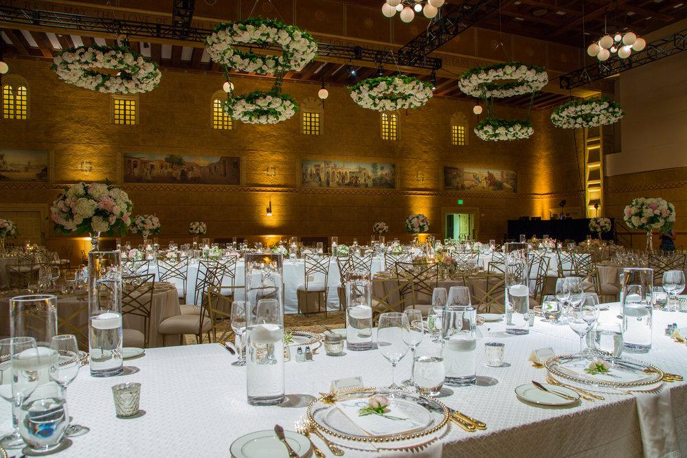 sharkfyn-wedding-chandelier-portland-photo-video-design.jpg