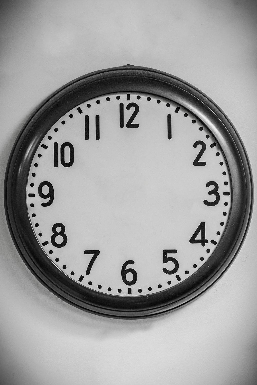 sharkfyn-clock-time-portland-photo-video-design.jpg