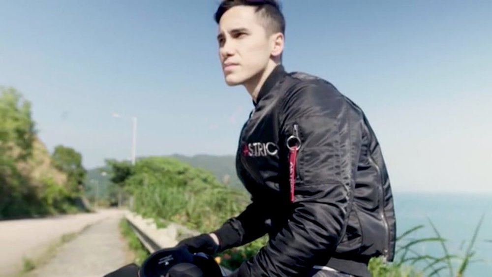 Motorcycle jacket that doubles as a motorcycle cover