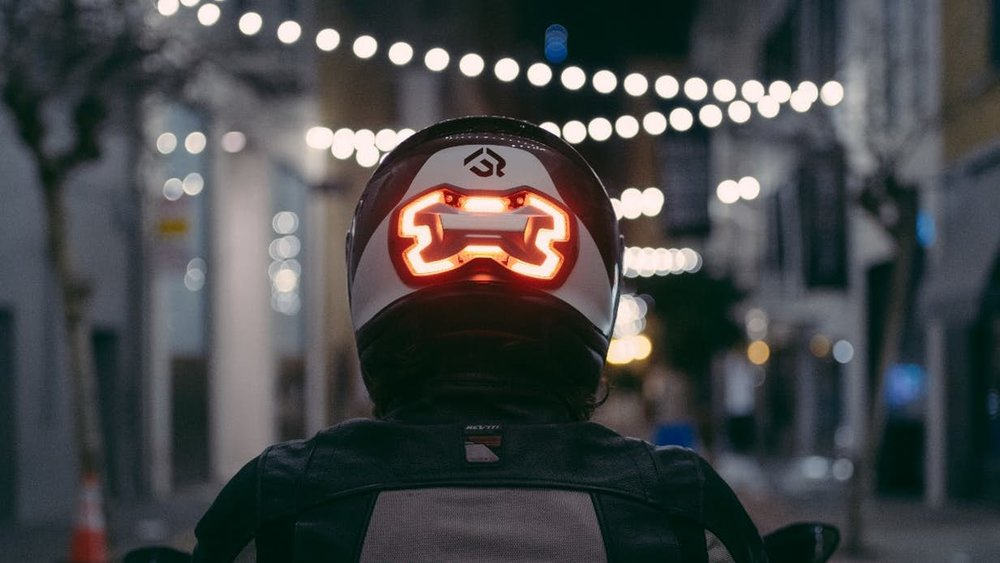 Helmet smart light - New device aims to put brake lights on motorcyclists' heads.A new startup from California is campaigning for a smart motorcycle brake light that can be fitted to any helmet without requiring installation on the bike. The Brake Free works autonomously, alerting motorists to deceleration, even if the brakes haven't actually been applied.