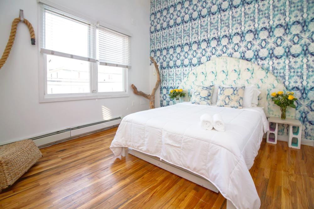 - 1 Bedroom Suite