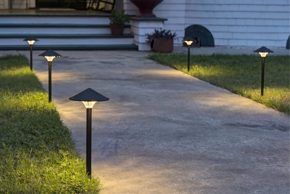 sidewalk.landscape.lights.jpg