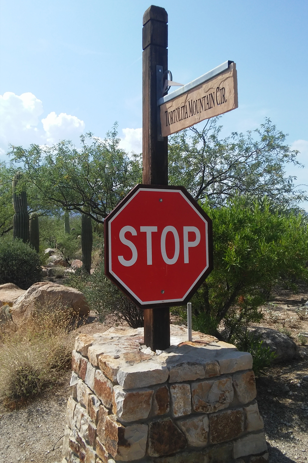 StoneCanyon stop sign.jpg