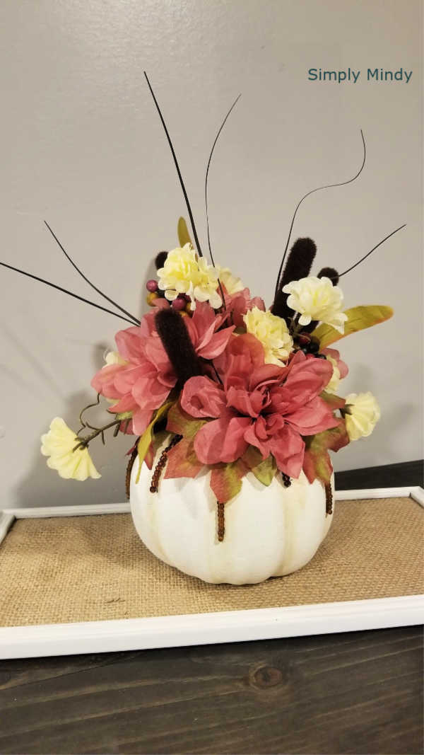 diy-pumpkin-floral-arrangements_4 (1).jpg