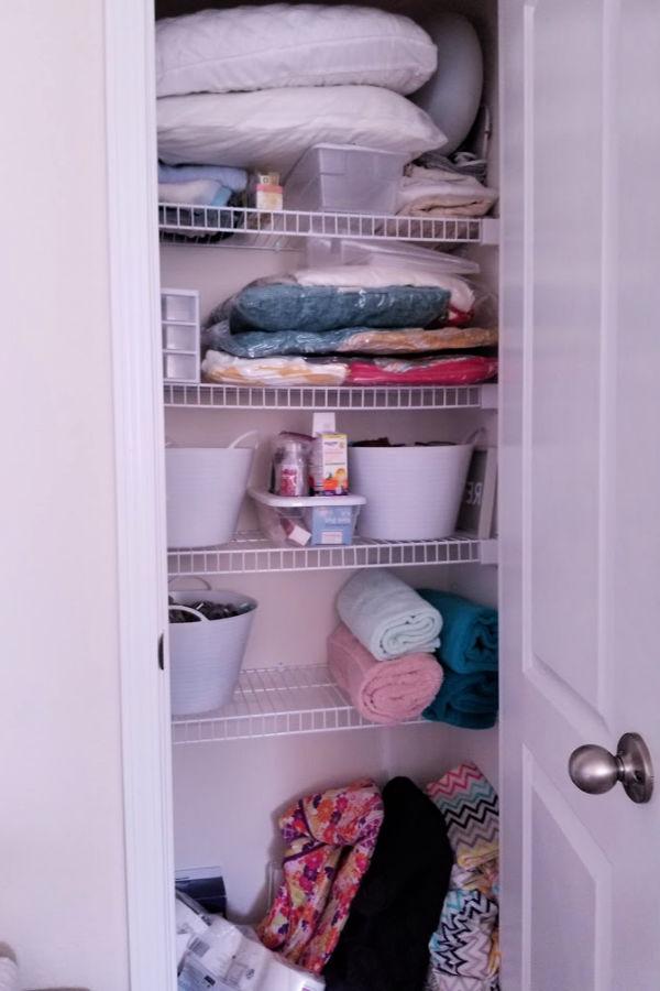 messy-closet.jpg
