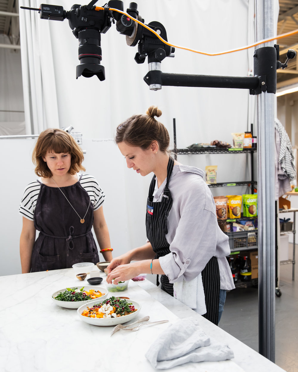 plating-food-on-set-good-eggs