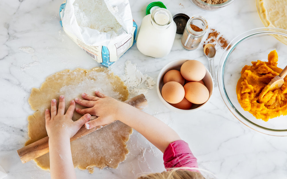 Kids_In_The_Kitchen_Rolling_Dough_Good_Eggs