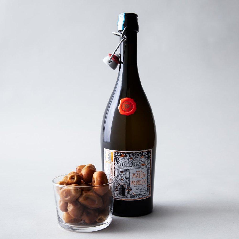 california-grown-date-and-wine-pairings-zahidi-prosecco.jpg