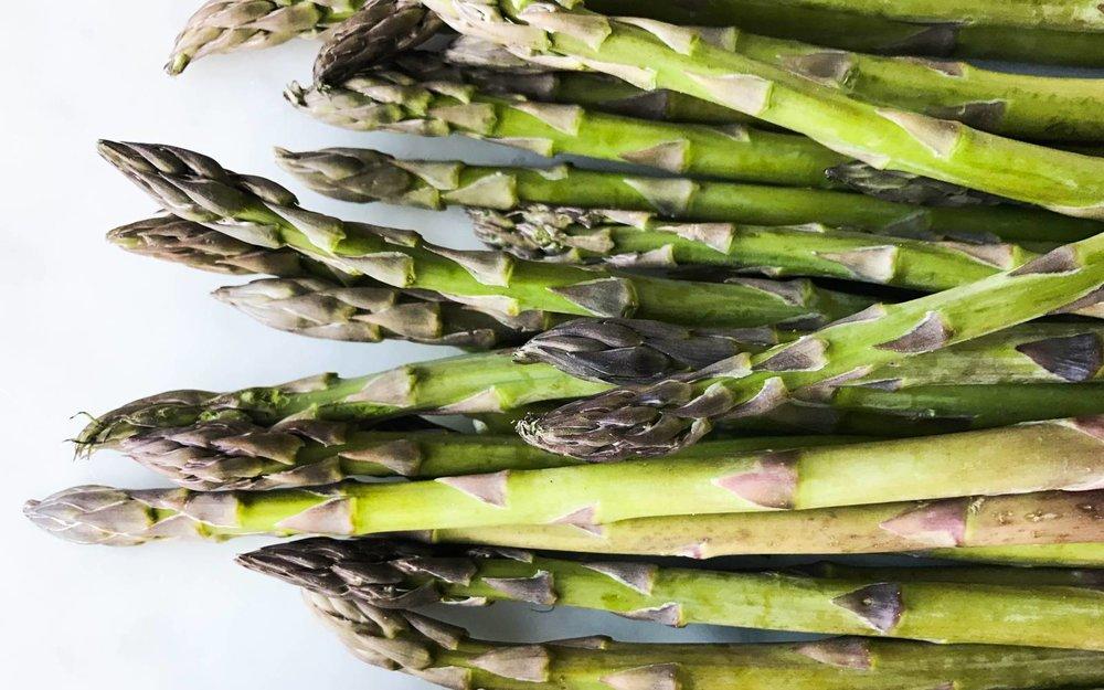 asparagus-easy-quick-simple-dress-serve.jpg