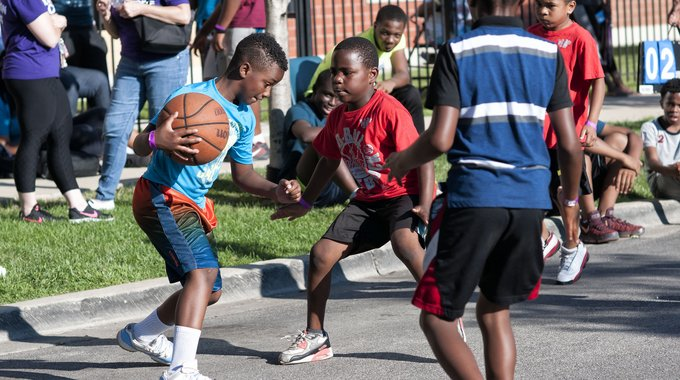 Hoops in the Hood — LISC