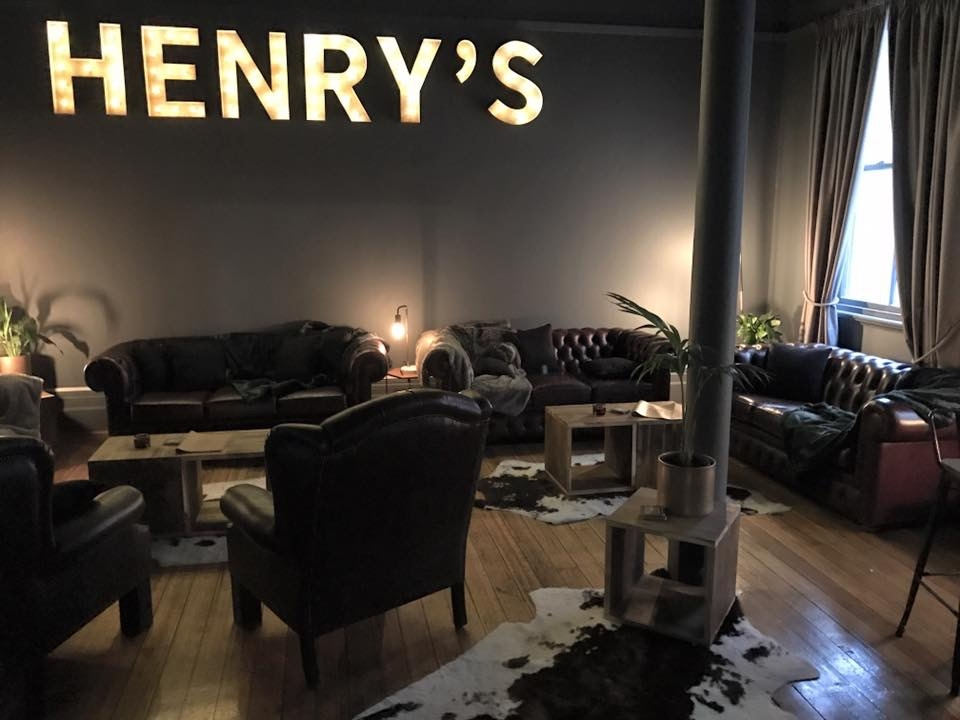 Henry's lounge.JPG