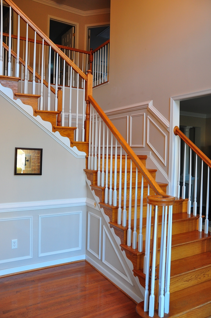 By following the stairs, this wainscoting is both elegance and playful.