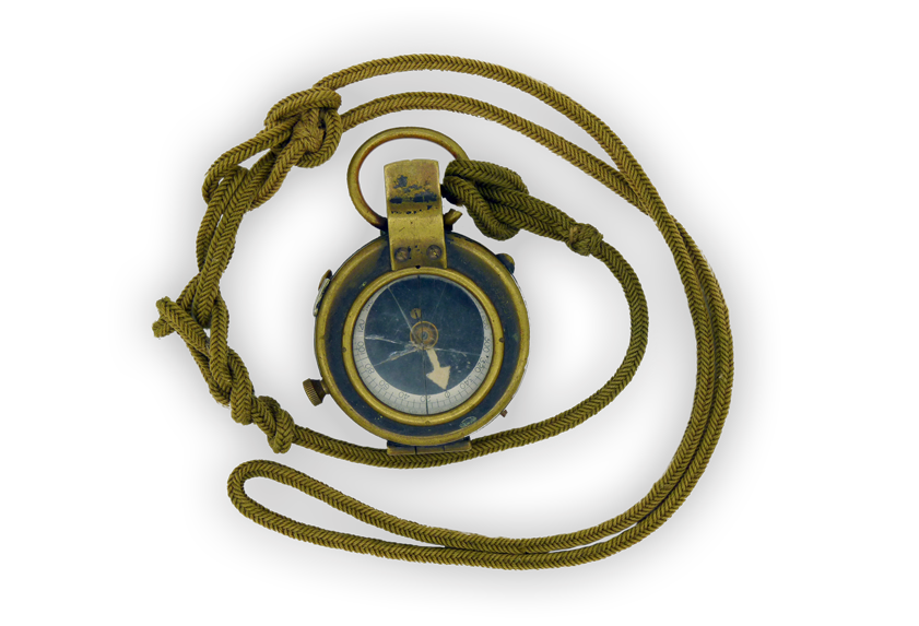 Image of standard issue compass from the First World War.
