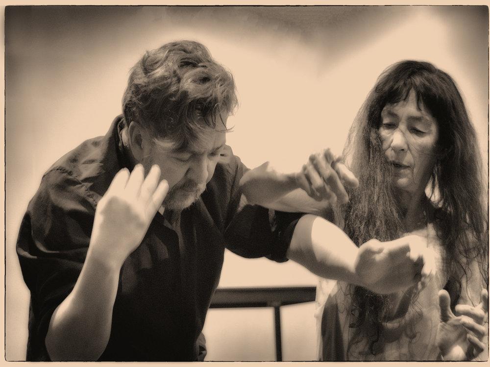 01 De amor y de aire Carmen y Leyson.jpg