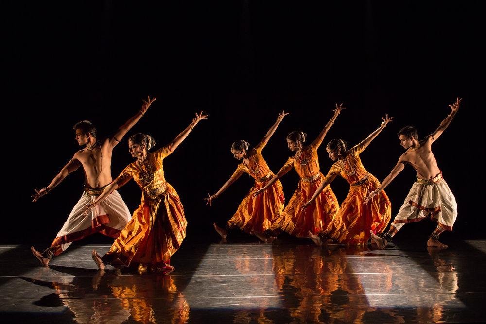 Dancers- L-R             Nidhaga Karunad_Malavika Sarukkai_ Shreema Upadhyaya_ Aruna B_J.jpg